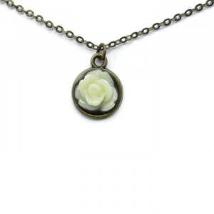 Elegant White Rose Necklace