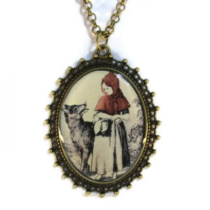 'Red Hood' - Victorian Style Oval Necklace