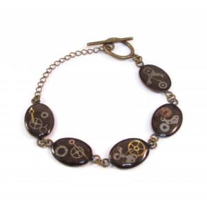 Beautiful small Steampunk Bracelet