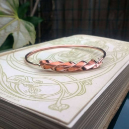 Twisted Copper Bangle | Swirly Bangle | Healing Copper Jewelry | Healing Bracelet | Celtic Torc Style Bangle | Handmade in the UK