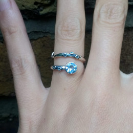 Octopus Tentacle Ring - Sky Blue Topaz