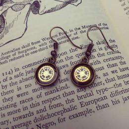 Elegant small Steampunk Earrings