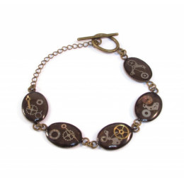 Beautiful small Steampunk Bracelet